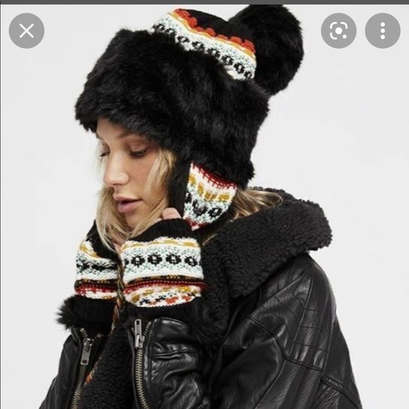 Free People Melt My Heart Trapper Hat & Gloves